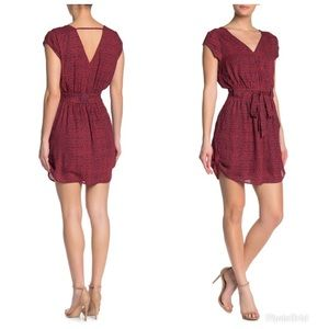 Double Lining, No-wrinkle Dress.